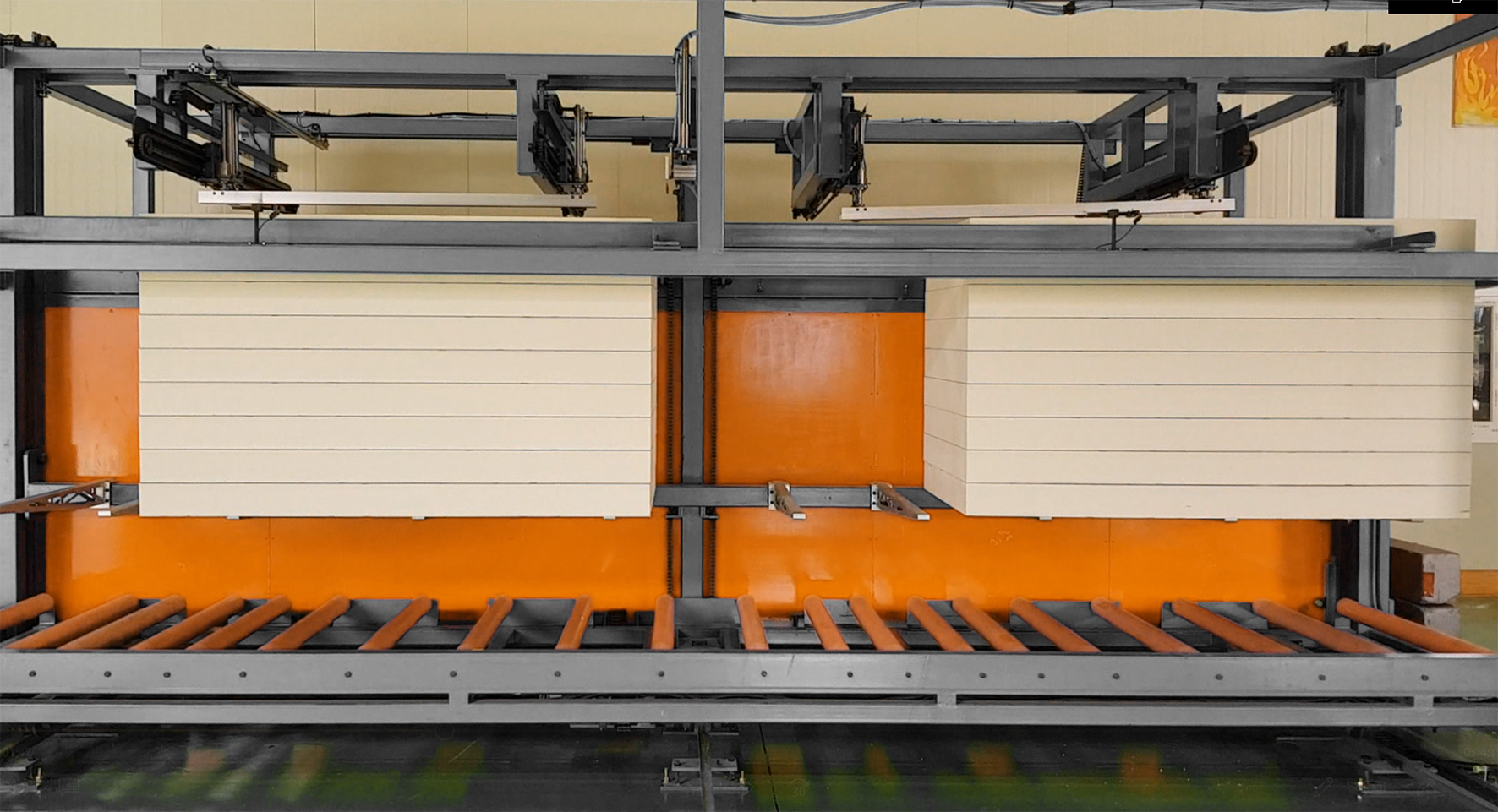 Stacker-for-Lift-type-Flexible Facing-Fineagles